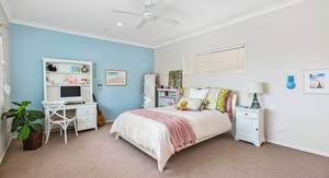 Charming Beach Home with Gue